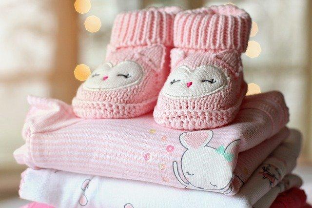 růžové oblečení