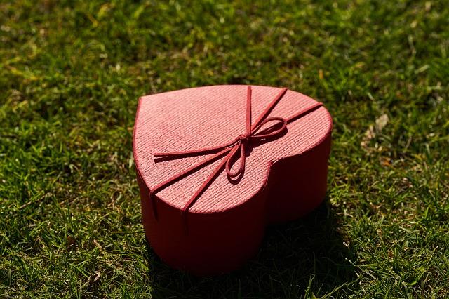 krabička ve tvaru srdce