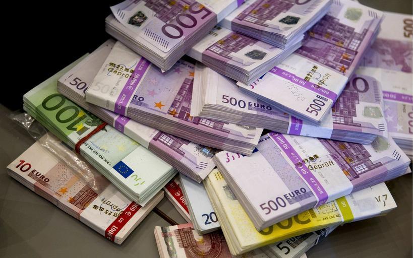 spousta eur