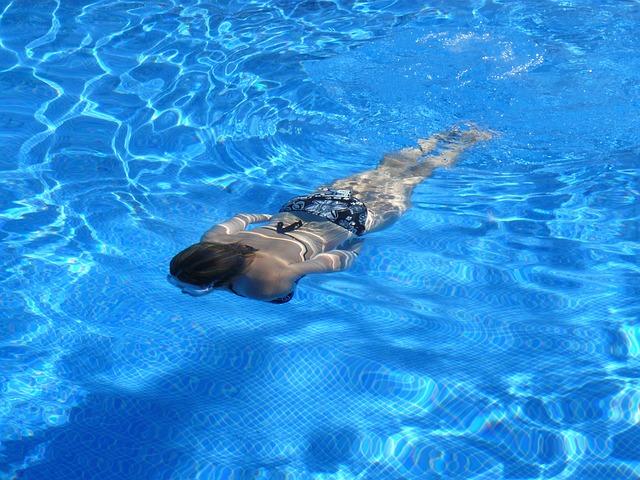 splývání ve vodě
