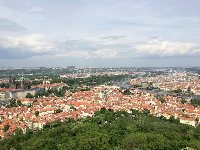 Levné ubytování v Praze můžete spojit s výlety na zajímavé vyhlídky